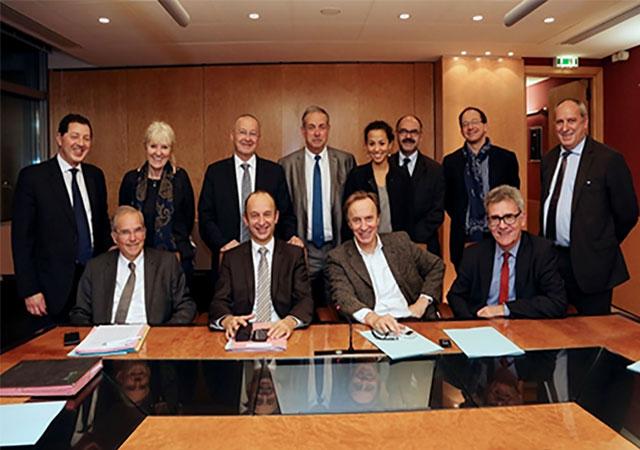 Signature officielle de la convention-cadre du PASS à la MGEN en France - Novembre 2014