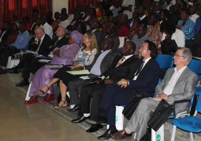Fin du programme AVSI pour l'autonomisation des artisans ivoiriens - 18 Décembre 2017 à Abidjan (Côte d'Ivoire)