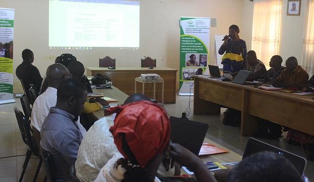 Burkina Faso : gratuité des soins, les médicaments manquent dans les régions